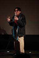《东风破》男主角泰廸罗宾在《金考拉国际华语电影节》颁奖典礼上分享得奖感受。