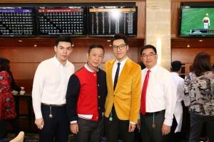 图四、图五、图六为东华三院董事局成员与嘉宾一同出席支持东华三院挑战杯,场面热烈。