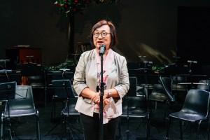 香港艺术发展局行政总裁周蕙心女士在音乐会上致辞。